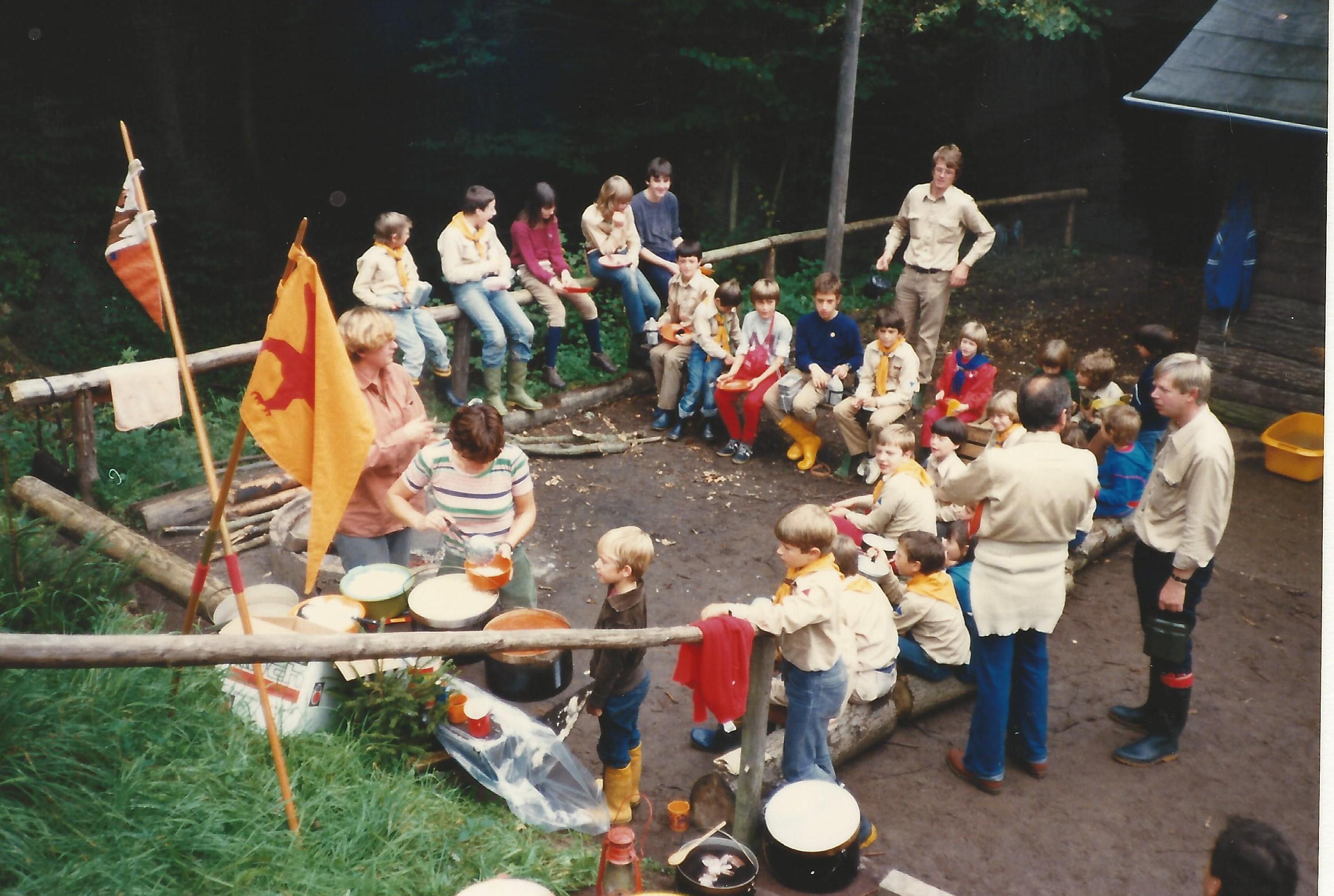 1981 Lager in Brodenbach  Löwenzähne (1)